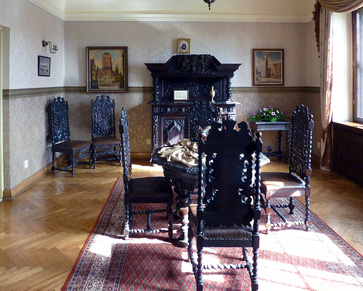 Danzig-Zimmer im Schloss Krockow, Leihgaben des Westpreußischen Landesmuseums