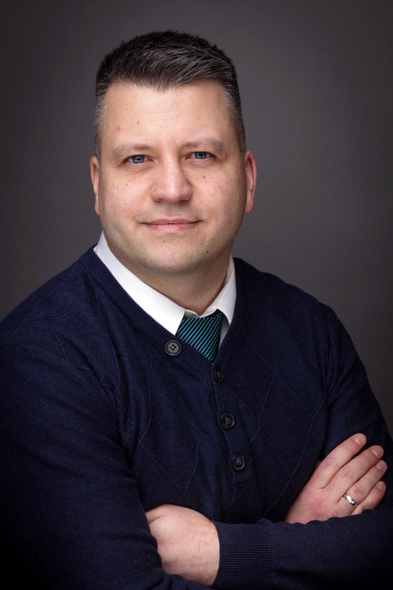 Dr. David Skrabania